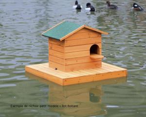 Ilot flottant en bois pour canards